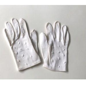 Vintage Royal White Gloves